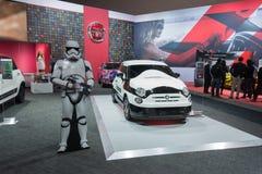 Star Wars-Stormtrooper Fiat 500e Lizenzfreie Stockfotografie