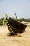 Stara łódź w Agonda, Goa, India Zdjęcia Royalty Free