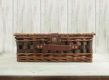 Stara łozinowa torba Obrazy Royalty Free