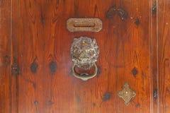 Stara żelazna drzwiowa rękojeść Zdjęcia Royalty Free