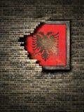 Stara Albania flaga w ściana z cegieł Fotografia Stock