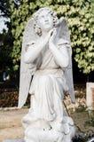Stara anioł statua, żal obrazy stock