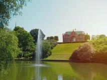 Stara architektura w parku zdjęcie royalty free