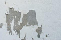 Stara biel ściana z pęknięciami Obraz Royalty Free