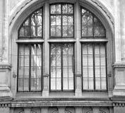 stara budowa w London Europe englan okno i ściana z cegieł Obraz Royalty Free
