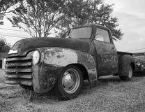 Stara ciężarówka W żwiru udziale Zdjęcia Royalty Free