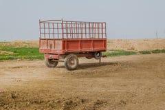Stara ciężarówka w Irakijskiej wsi zdjęcie stock