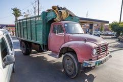 Stara ciężarówka w ulicie Marrakesh Zdjęcia Royalty Free