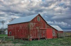 stara czerwona stodo?a zdjęcie stock