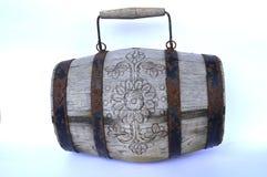 stara drewniana forged baryłka na białym tle fotografia royalty free