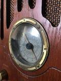Stara drewniana radiowa nastrajanie skala Zdjęcia Royalty Free