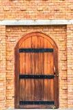 Stara drzwi ściana Zdjęcia Royalty Free