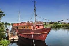 Stara żeglowanie fregata Zdjęcie Royalty Free