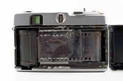 Stara ekranowa kamera tonąca w wodzie morskiej Zdjęcie Stock