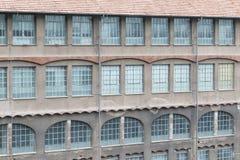 Stara fabryki lub magazynu external ściana Zdjęcie Stock