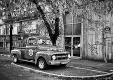 Stara FORD furgonetka Obrazy Stock