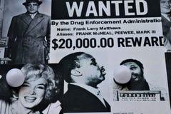 Stara gazeta pokazuje wizerunki i tematy o te Włoskiej Amerykańskiej mafii obraz stock