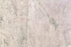 Stara gipsuj?ca ?ciana z plamami i narysami Lekki beżowy kit Dekoracyjny narzut z nier?wn? tekstur? blank obraz royalty free