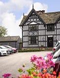 Stara Hall połówka Cembrował budynek w targowym miasteczku Sandbach Anglia Zdjęcie Royalty Free