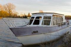 Stara i ośniedziała łódź Obraz Royalty Free