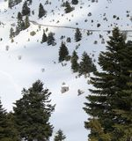 Stara kabina w sercu śnieżna góra zdjęcie stock