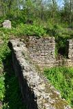 Stara kamienna podstawa rujnujący budynek zdjęcie stock