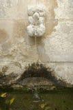 Stara kamienna wodna fontanna zdjęcia stock