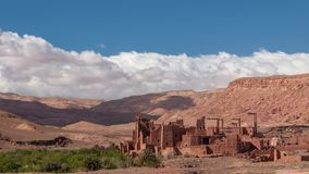 Stara Kasbah wioska w pustyni Maroko obraz royalty free