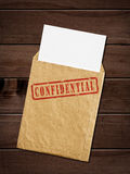 Stara koperta z ściśle tajny znaczkiem. Fotografia Stock