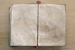 Stara książka, rozpieczętowana puste strony Zdjęcie Royalty Free
