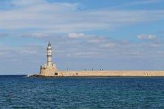 Stara latarnia morska morzem zdjęcie royalty free