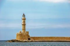 Stara latarnia morska w porcie Chania na Crete wyspie Grecja Zdjęcia Stock