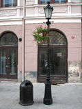 Stara latarnia uliczna i łzawica Obrazy Royalty Free