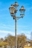 Stara latarnia uliczna robić zielony metal zdjęcia royalty free
