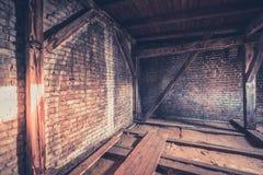 Stara mansarda strychowy loft, dach budowa,/ obraz royalty free