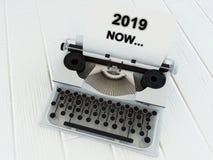 Stara maszyna do pisania na drewnianym stole, 3d royalty ilustracja