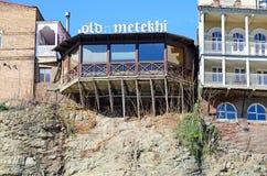 Stara Metekhi kawiarnia na Kura brae w Tbilisi Obrazy Stock