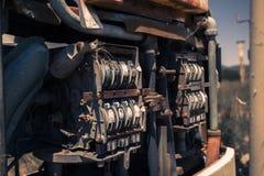 Stara nieociosana paliwowa pompa w wsi Obraz Stock