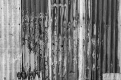 Stara ośniedziała cynk ściana Zdjęcia Stock