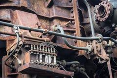 Stara ośniedziała rdzewiejąca maszyna rdzewiejący metal maszynerii szczegół starzejący się mechanik Obraz Stock