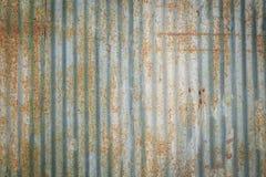 Stara ośniedziała stali ściana Stara ośniedziała stali ściana Obrazy Stock