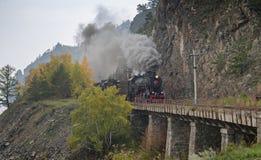 Stara parowa lokomotywa w Baikal kolei Zdjęcia Royalty Free