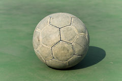 Stara piłki nożnej piłka Fotografia Stock
