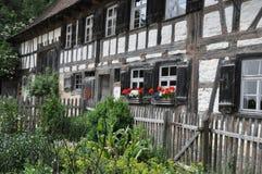 Stara połówka cembrujący gospodarstwo rolne dom Zdjęcie Royalty Free