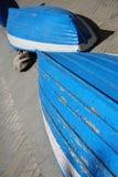 Stara podława błękitna i białe dwa łodzi Fotografia Royalty Free