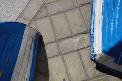 Stara podława błękitna i białe dwa łodzi Obraz Royalty Free