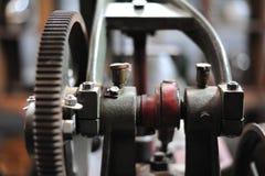 stara przekładnia w maszynowej części przekaz chodzenie Zdjęcie Royalty Free
