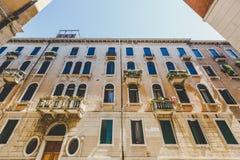 Stara retro ulica bez anyone w Włochy Wenecja w lecie Obrazy Stock