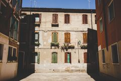 Stara retro ulica bez anyone w Włochy Wenecja w lecie Fotografia Stock