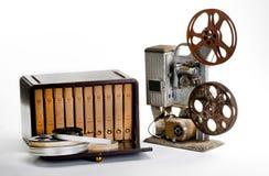 Stara rocznika filmu skrzynka i rolki zdjęcia royalty free